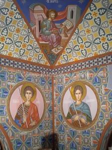 роспись в храме. святые в кругах